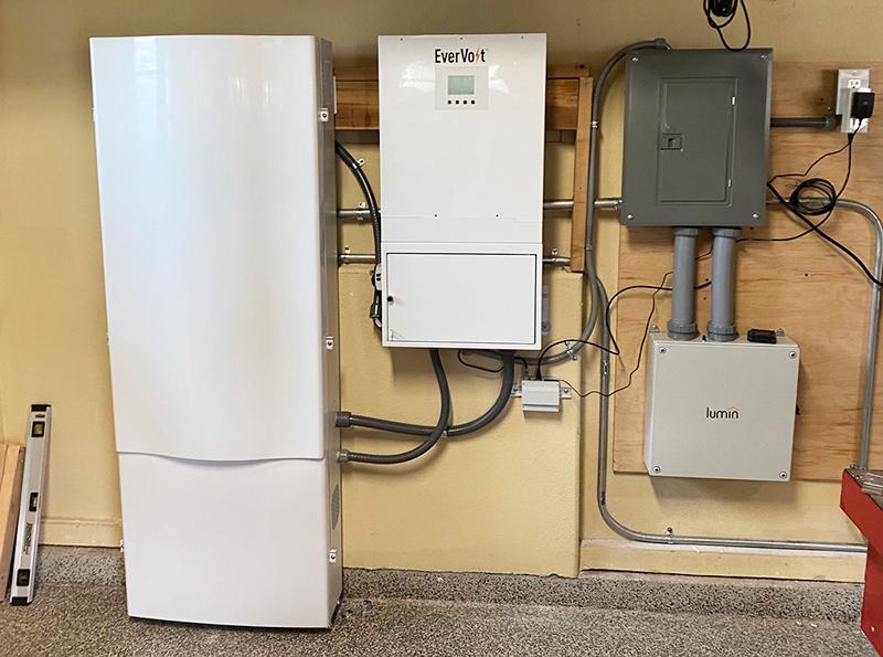 Solar Powered Attic Fans & Coastwideinc